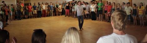 A nyári szünetben ifjúsági színházi nevelési programokat vezet Ausztriában az Osonó Színházműhely