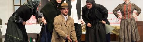 Jótékonysági színházi előadás a szegény- és utcagyerekek megsegítésére Szatmáron