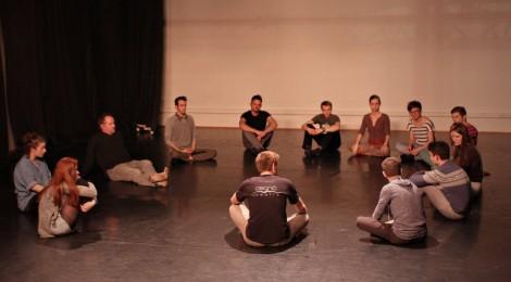 Színháznevelési projekttel egybekötött romániai turnéra indul az Osonó Színházműhely
