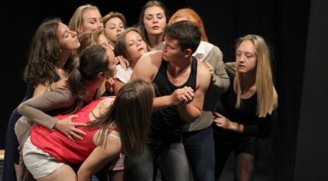 Újabb drámaosztály indul a sepsiszentgyörgyi Plugor Sándor Művészeti Líceumban