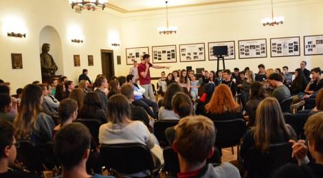 Több előadást tart Budapesten az Osonó Színházműhely