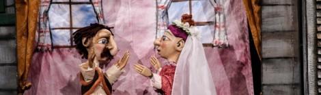 Vásári bábjáték a bábszínház világnapja alkalmával Marosvásárhelyen
