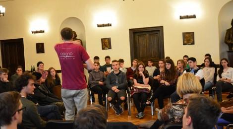 Arad és Bihar megyében turnézik az Osonó Színházműhely