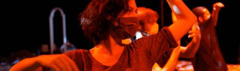 Y- online ősbemutatót tart a Szigligeti Színház