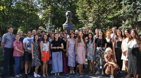 Évadnyitó társulati ülést tartott a Tomcsa Sándor Színház