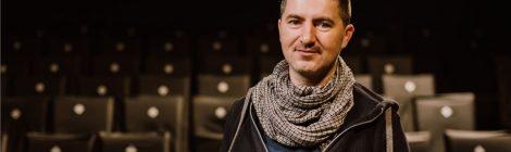 Játék a színházzal – Interjú Keresztes Attilával