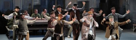 A Hegedűs a háztetőn és Állatfarm júniusban is a kolozsvári színház műsorán
