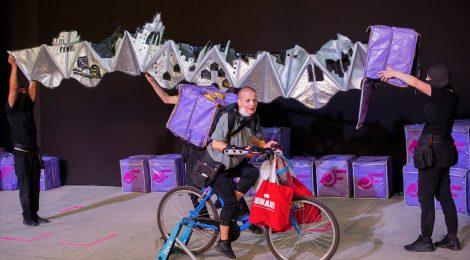 Ugron Nóra: Mindenem a biciklim – szabadtéri előadás a haknigazdaságról